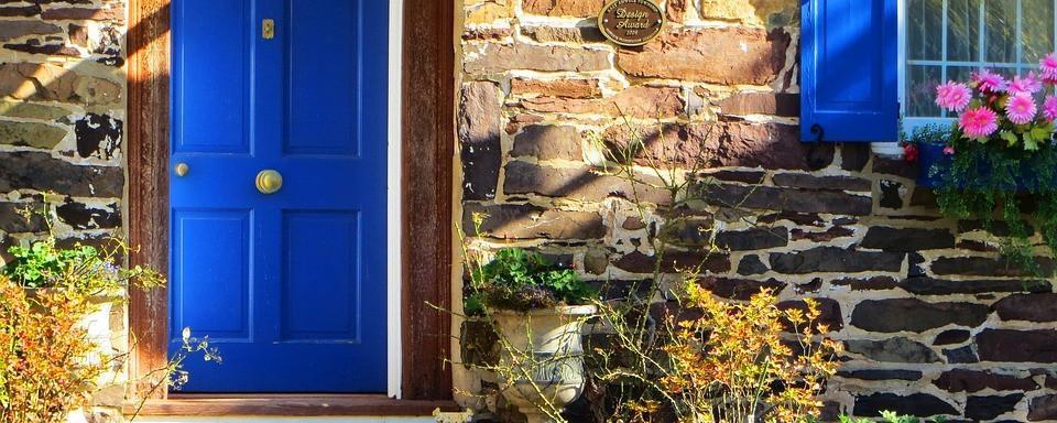 Ristrutturazione casa di campagna tipo di lavori arredo e colori - Lavori di ristrutturazione casa ...