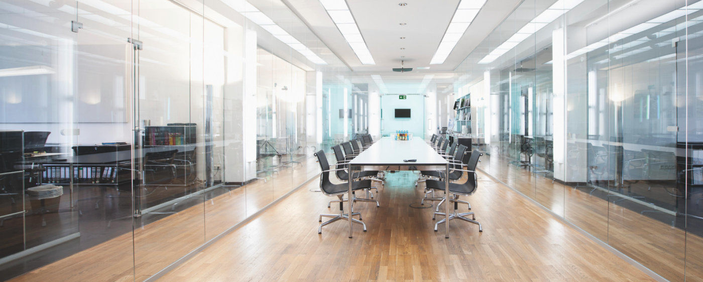 Luci Al Neon Per Ufficio.Illuminazione Ufficio Consigli E Idee Con Le Lampade A Led
