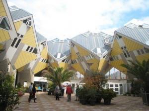 Cubi Rovesciati in Olanda